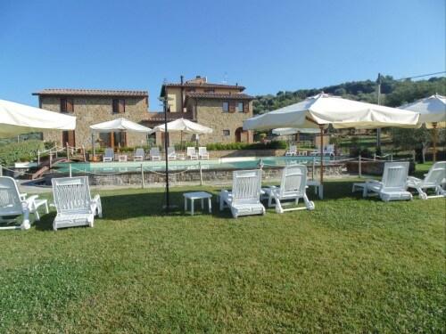 Borgo Sul Lago 01